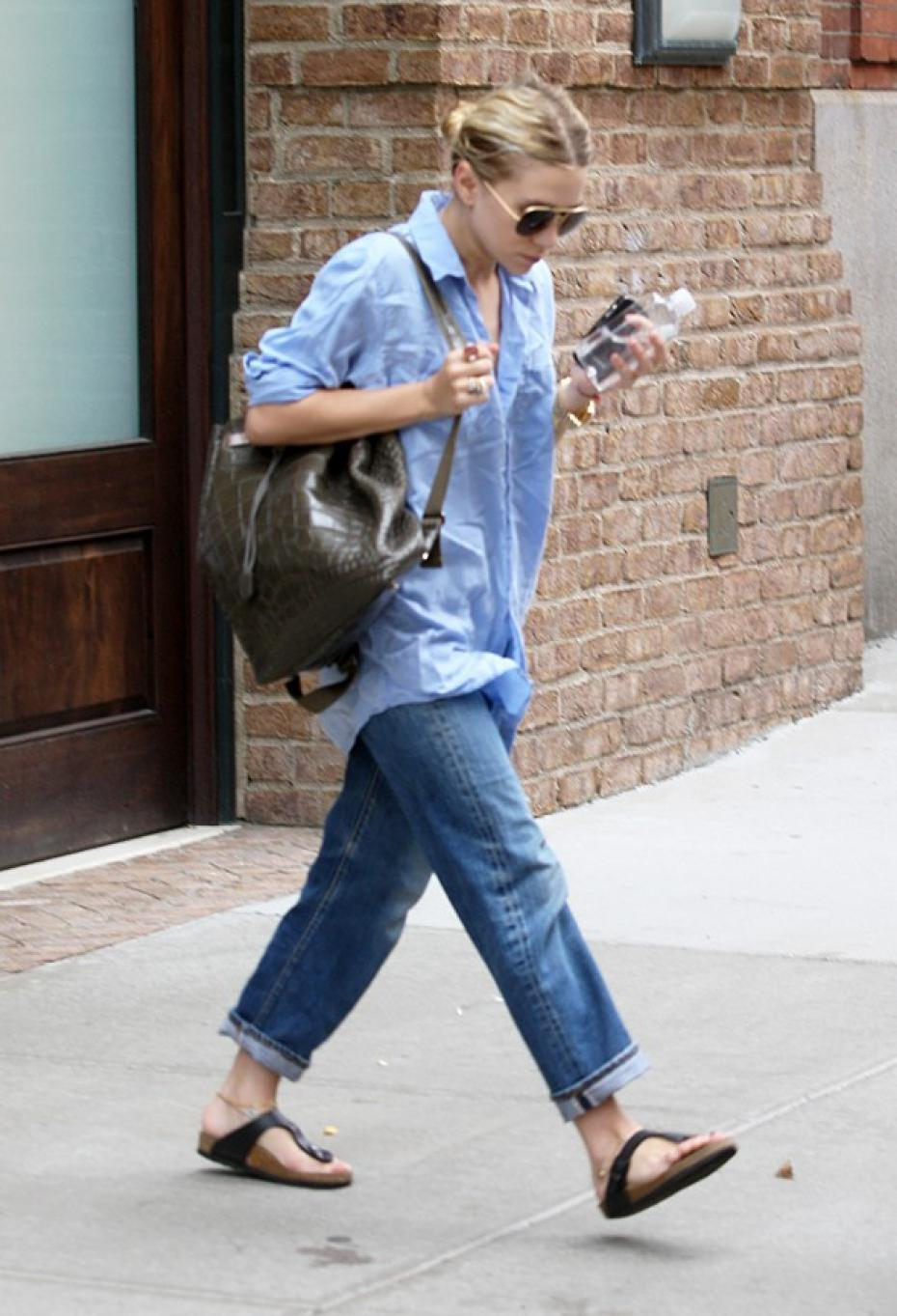 How To Rock The Normcore Trend Journey To The Center Of